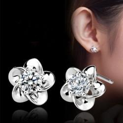 1 pár Divatos Ezüst színű virág mintás fülbevaló