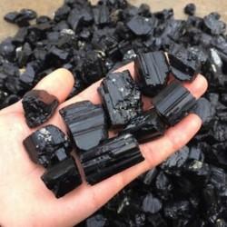 50g természetes fekete turmalin kristálykő durva kőzet ásványi minta gyógyítás