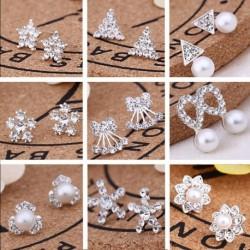 1pár divatos ezüst színű virág hópehely téli mintás fülbevaló ékszer bizsu kiegészítő