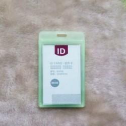 Zöld Tartós kemény műanyag azonosító kártya jelvénytulajdonos esete alkalmazott névcímke irodaszerek