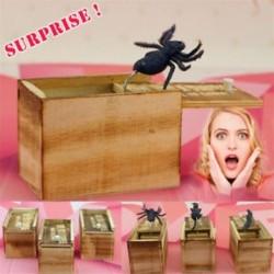 Trick Prank Toy Lifelike SPIDER állat rejtett fa dobozban Meglepetés Shock Joke