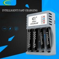 Univerzális töltő AA és AAA tölthető 4Ports NiMH NiCd akkumulátor töltő Intelligens utazási töltő