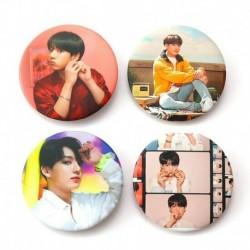 9. - 7db / szett Kpop Bangtan fiúcsapok imádják magad Könnyalbum brossok kitűző