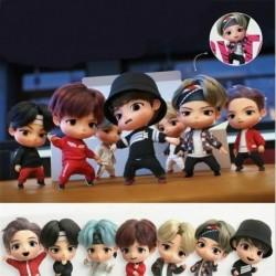 * 2 - 7db / készlet Bangtan Boys Groups Model Toys Kpop Star Top Group Army Pvc figurák