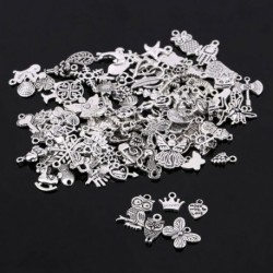 Nincs szín - Nagykereskedelmi 100db-os ömlesztett kevert ezüst bűbáj medálok barkács ékszerek készítéséhez