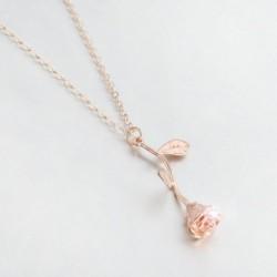 Rózsaarany színű Divatos nyaklánc rózsa alakú medállal - 60